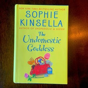 The Undomesticated goddess book by sophie kinsella